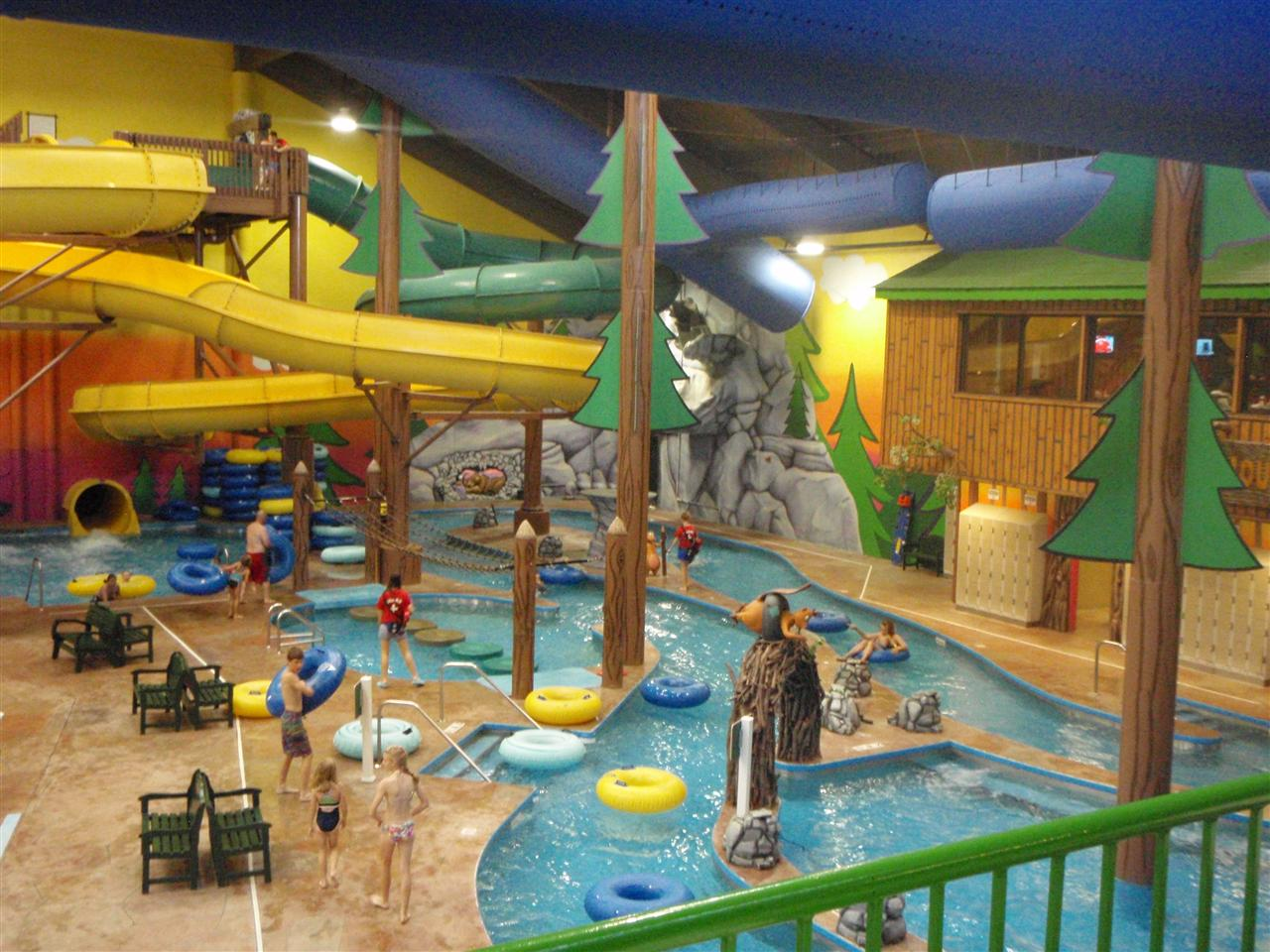 Splash Universe is a year-round indoor water park resort and family entertainment destination experi /5(K).